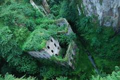 Sorrento (bawoodvine) Tags: trees summer italy ruins sorrento streamsandrivers