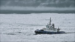 """Breaking the Ice"" thanks Pete! (Marie.L.Manzor) Tags: canada quebec saintlaurent river snow ship mood water winter frost cold ice boat seascape morning mist fog nikon d610 marielmanzor nature storm cruise nikkor"