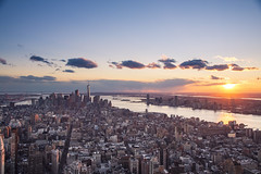 Sunset of Manhattan ([~Bryan~]) Tags: sunset manhattan cityscape newyork nyc urbanlandscape empirestatebuilding weather lowermanhattan wtc worldtradecentre us