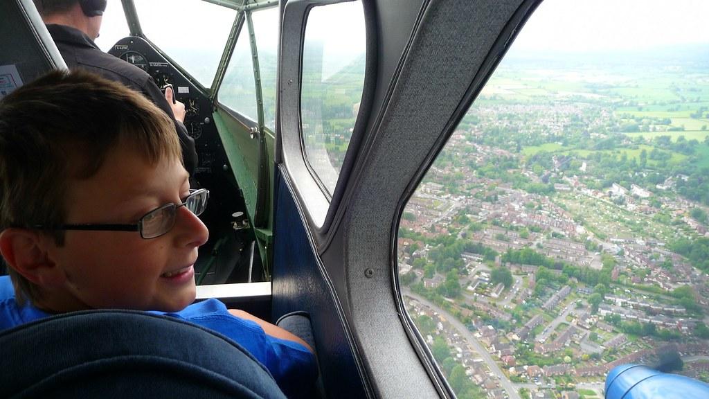 Flight in a de-Havilland Dragon Rapide DH-8GA
