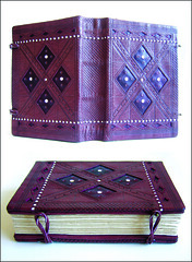 Late coptic (Zoopress studio) Tags: paper notebook book stitch handmade feitomo artesanal craft books sketchbook fabric hand