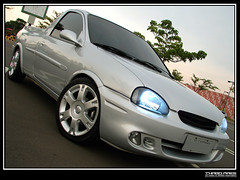 Pr do sol (thiagopiris) Tags: brazil sun chevrolet brasil club silver shopping lens mirror gm parking pickup front sp gmb farol campinas clube tarde whell encontro xenon retrovisor corsa elegance prata estacionamento vectra rodas picape insufilm dpedro frent parquedompedro