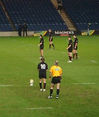 Phil Godman about to miss a penalty at Edinburgh vs Munster, Murrayfield