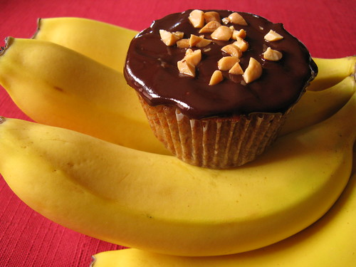 Chocolate Covered Banana Cupcakes
