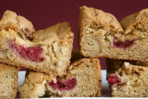 Raspberry Pecan Blondies | Bake or Break