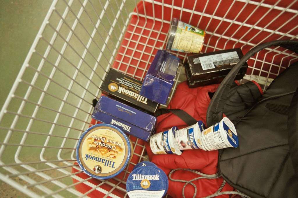 fred meyer shopping: it's all tillamook