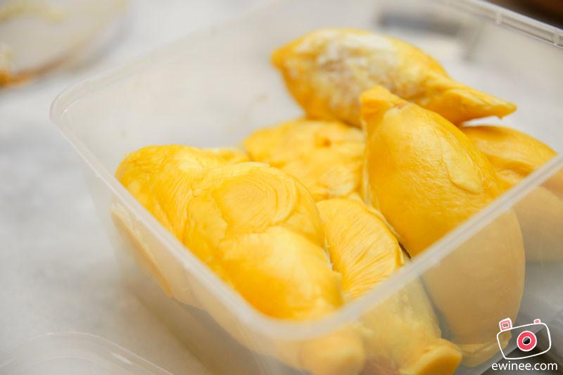 CHOONGFU-SURPRISE-BIRTHDAY-DURIAN-DINNER