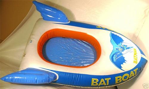 batman_batboatpooltoy