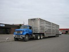 GMC Semi-Truck (dave_7) Tags: truck semi trailer gmc lethbridge