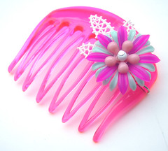 Pink and Green Vintage Flowers Hair Comb / Barrette