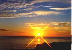"""X"" (or ""Times"") Sunset in the Bahamas - Over 1000 Views (Sarge-Jack) Tags: sunset film reflections sunburst harrys bahamas freeport mamiya645 1000s americanbar bahamiansunset xsunset harrysamericanbar freeportgbi sunsetinthebahamas sargeaacs wjoycejack"