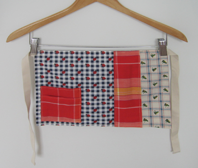 Patchwork apron for preschool 1