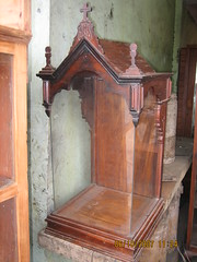 Wooden urna (Leo Cloma) Tags: philippines saints santos urna