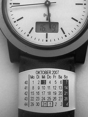 Uhrenarmbandkalender an Funkuhr