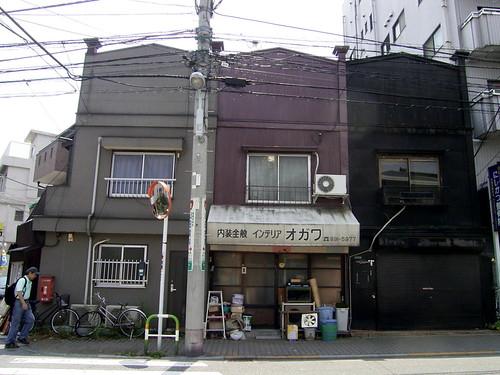 04内装屋さんの看板建築_00