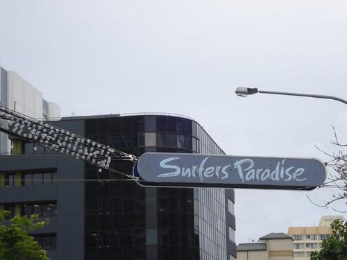 bienvenidos a surfers paradise