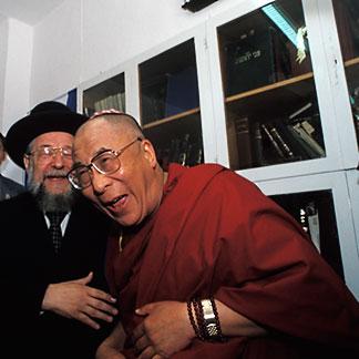 9-340-68.dalailaughing.y