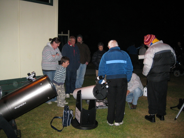 Assembling a small telescope