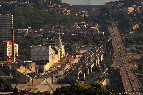 Implosăo da Fábrica da BRAHMA - Sambódromo