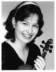 Kati Debretzeni