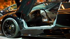 Lamborghini Murcielago LP640 Roadster at the 2008 Los Angeles Auto Show photo 64 (Candid Photos) Tags: car automobile autoshow lamborghini twoseater lamborghinimurcielago 12cylinder lp640roadster murcielagolp640roadster lamborghinimurcielagolp640roadster 65lv12engine 6speedmanualtransmission horsepowerrpm6408000 48valves torque4876000footlbs gasenginesequentialelectronicfuelinjected overdrivetransmission compression110 displacement6496396 borexstroke346x350 cruisingrange3168 finaldriveratio253 dualoverheadcamtwinoverheadcam 2008autoshow