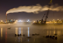 Fisk Generating Station from the Chicago River (metroblossom) Tags: winter usa snow plant chicago station fog night geese illinois power ducks steam southside chicagoriver e1 fisk img2639jpg fiskgeneratingstation