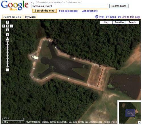 Lago con forma de hombre en Brasil