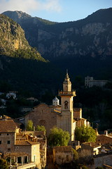 Valldemossa (SBA73) Tags: mountain luz church village pueblo iglesia kirche chopin serra montaa mallorca muntanya pasoscatalans valldemossa llum mat poble illesbalears esglesia littlestories sesilles aplusphoto picswithsoul 100commentgroup
