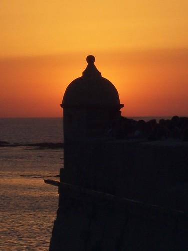 Cádiz. Puesta de Sol, Recorte