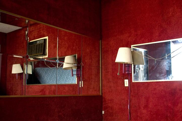 hotel room_2727_1 web