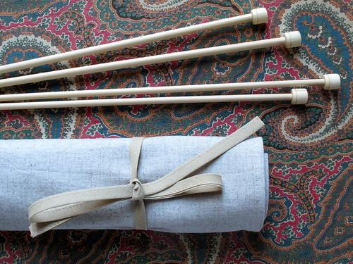 #28 Estojo de agulhas de tricot