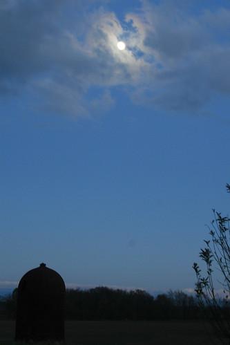 9_moon