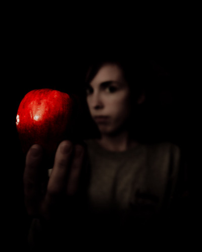 191/365 - An apple for the pretty?
