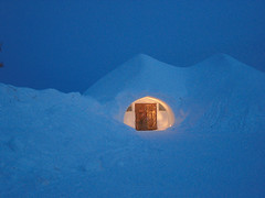 igloo village 001 (arcticroute.com) Tags: travel vacation holiday finland arctic lapland neve inverno icehotel igloo arcticcircle finlandia artico saariselka ghiaccio lapponia igloovillage ivalo circolopolare circolopolareartico kakslauttanen arcticresort arcticresortkakslauttanen albergodighiaccio glassigloo igloodivetro arcticroute