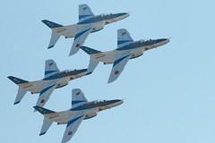 [フリー画像] [航空機/飛行機] [軍用機] [練習機] [T-4 ドルフィン] [ブルーインパルス]      [フリー素材]