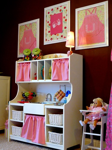 pink dreams kitchenette (by champagne.chic)