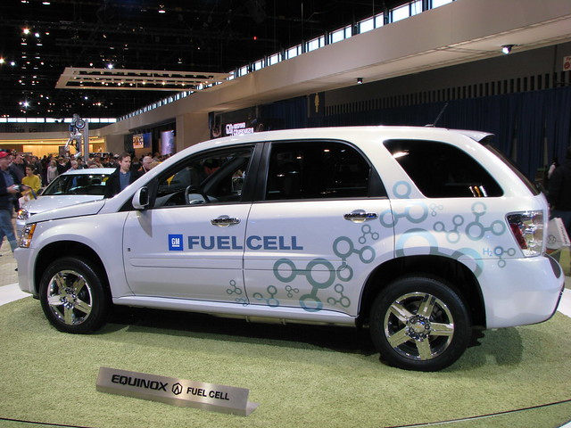 automobile suv hydrogen 2008chicagoautoshow chevroletequinoxfuelcell
