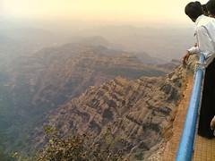 Top of the world (*Gaurav Atri*) Tags: noida india self nokia photo view maharashtra mahabaleshwar nokia6630 uttarpradesh hilltopview gaurhavhatri gaurhav gauravatri jmagaurhav