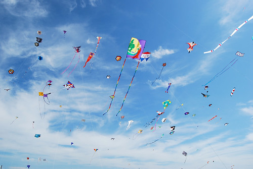 47-Sky of Kites