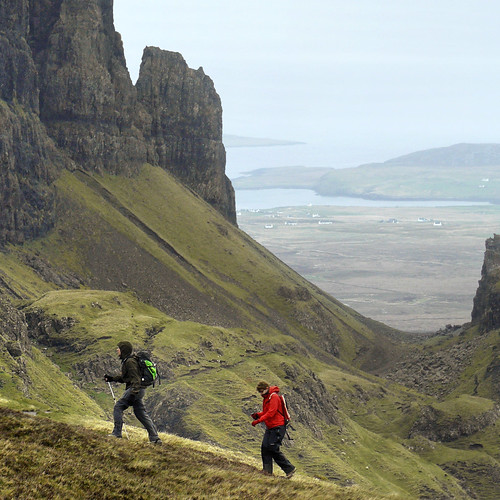 Steep heather slopes at Quiraing por B℮n.