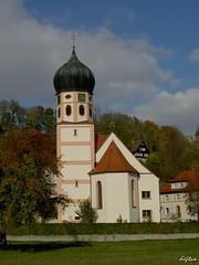 Kirche von Bichishausen (digitus_malus) Tags: kirche turm badenwuerttemberg schwaebischealb lautertal