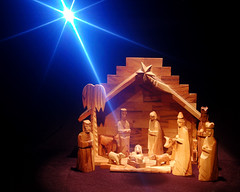 Star of Wonder (CliffMuller) Tags: christmas wood joseph star mary jesus carving manger handcrafted stable nativity cokinfilter wisemen shepherds nikond40 truemeaningofchristmas diamondclassphotographer flickrdiamond expresslyu winterblessings jesusisborn fav2007 nikond40xd60challenge
