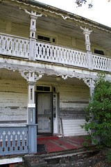 Front porches (Black.Doll) Tags: florida cracker tinroof crackerhouse alachuacounty folkvictorian campville camptillmanhouse