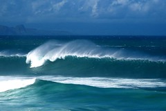 ho'okipa2kahakaloa (shappell) Tags: ocean sea usa water hawaii pacific wave maui northshore hookipa kahakaloa