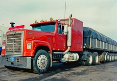 IH Transtar 4300 eagle, scan, 1989, Michigan (Polo Scher) Tags: usa scans transport 1988 semi international transportation trucks 1989 semitruck peterbilt 18wheeler kenworth lkw bigrig longnose aerodyne marmon scannedpictures sattelzug transtar4300
