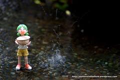 The kid and the rain (c4rn1val) Tags: yotsubato yotsuba k100d revoltech autovivitar135