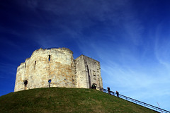 York Castle (pietkagab) Tags: uk greatbritain trip travel blue england sky history grass canon photography europe stones hill medieval norman gb walls cliffordstower viking yorkcastle mygearandme mygearandmepremium pietkagab