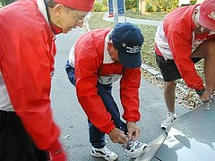 Showing Fred how to tie his shoes (apoisner) Tags: cliffhanger 2007