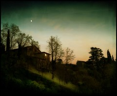 Nella valle-Into the valley (guiba6) Tags: leica sunset texture landscapes tramonto colours valle verona valley colori paesaggi albisano leicam8 flickrenvy elmarit28