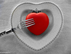 Love Service (Cotex) Tags: red blackandwhite bw love cutout heart fork eat cortex sevice aplusphoto tefdahom